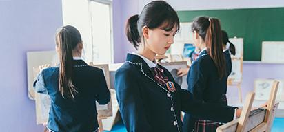 云南必威官网亚洲体育电脑学校校园文化